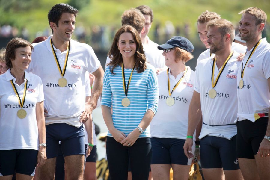 Kate Middleton Et William Font De L'aviron À Heidelberg En Allemagne 8