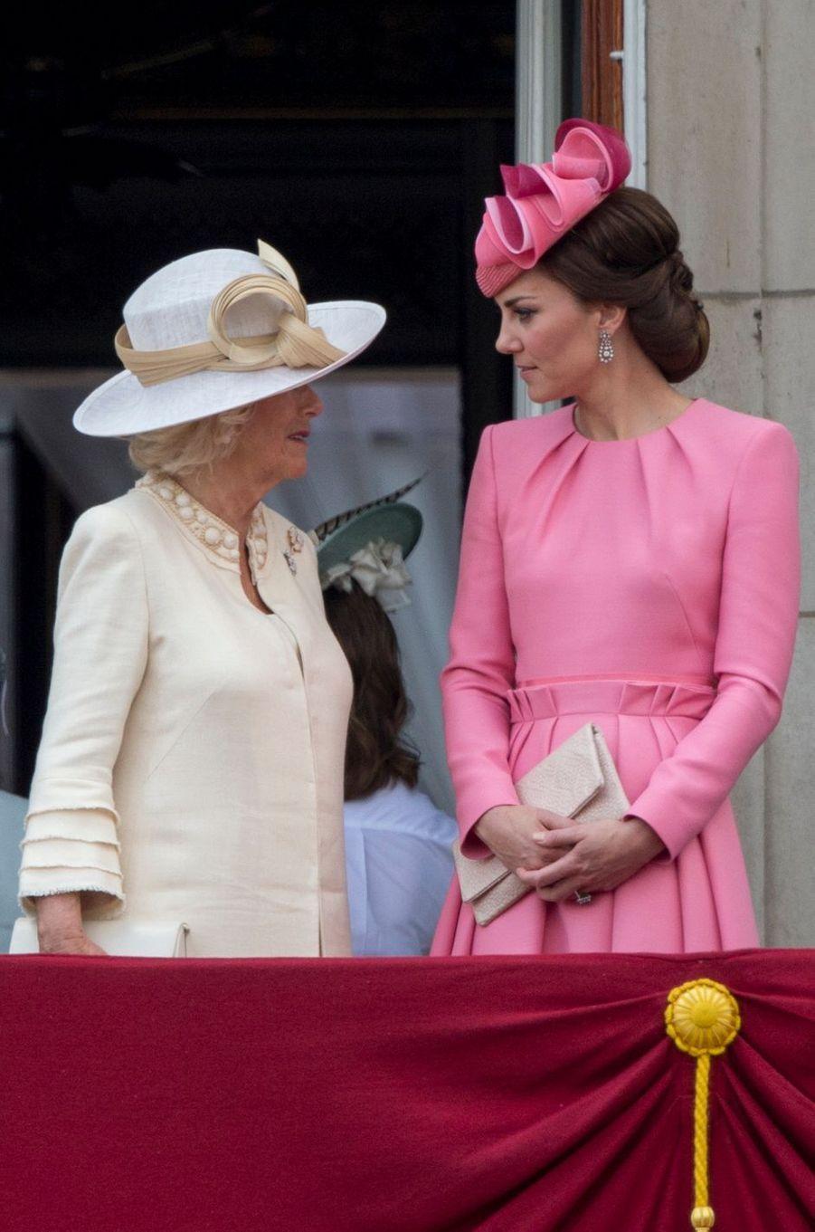 Les duchesses Camilla de Cornouailles et Catherine de Cambridge à Londres, le 17 juin 2017