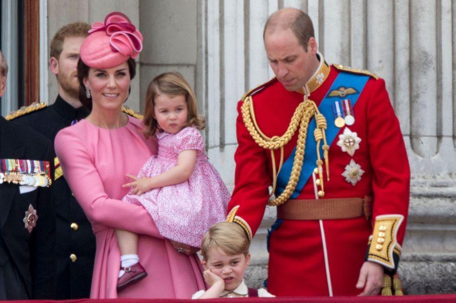 Kate et William avec leurs enfants Charlotte et George à Londres, le 17 juin 2017