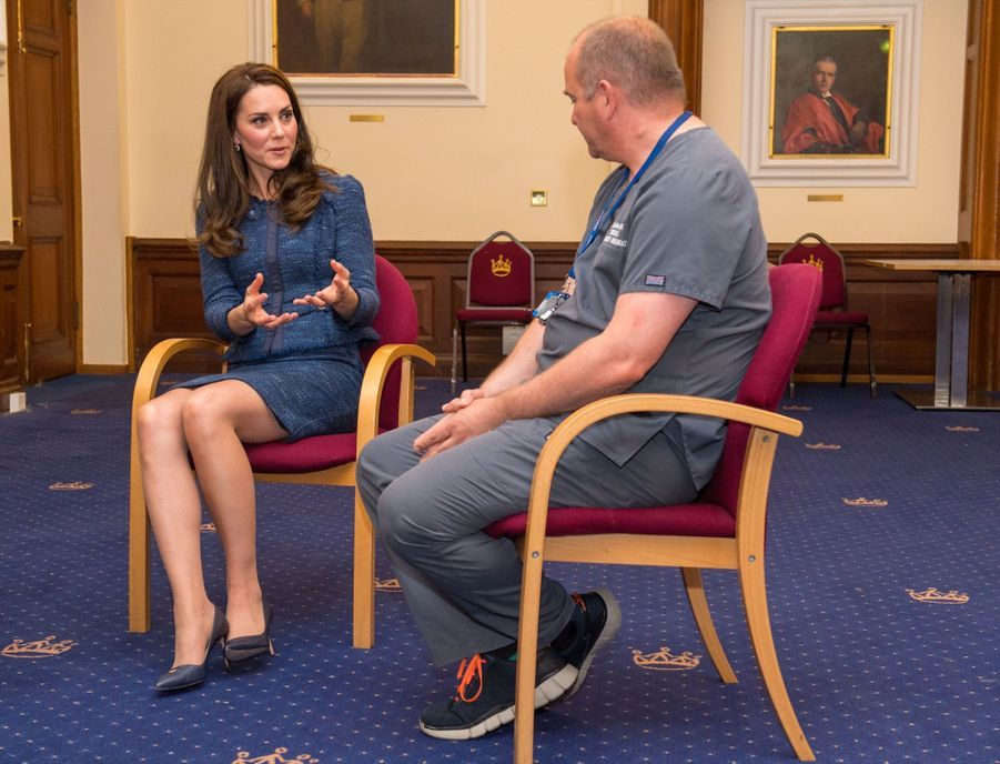 Kate Middleton En Visite Au Kings College Hospital, Le 12 Juin 8