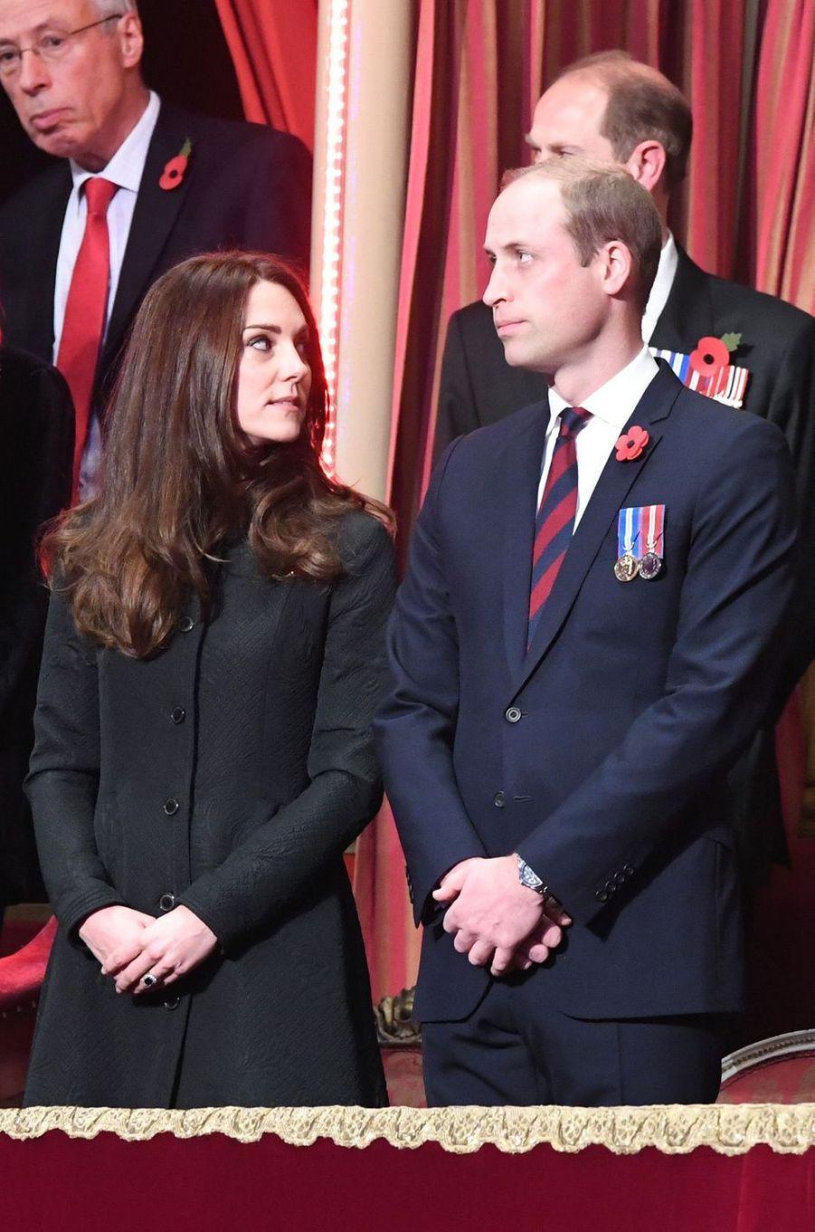 Kate, duchesse de Cambridge, et le prince William à Londres, le 12 novembre 2016