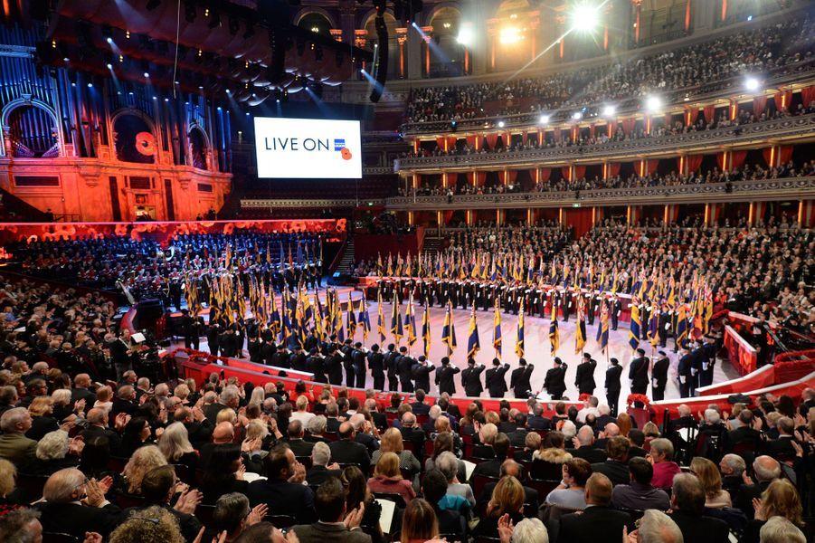 Spectacle du Festival of Remembrance au Royal Albert Hall à Londres, le 12 novembre 2016