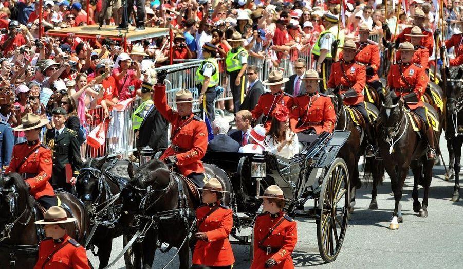 Kate et William sont arrivés en carrosse au Parlement canadien.