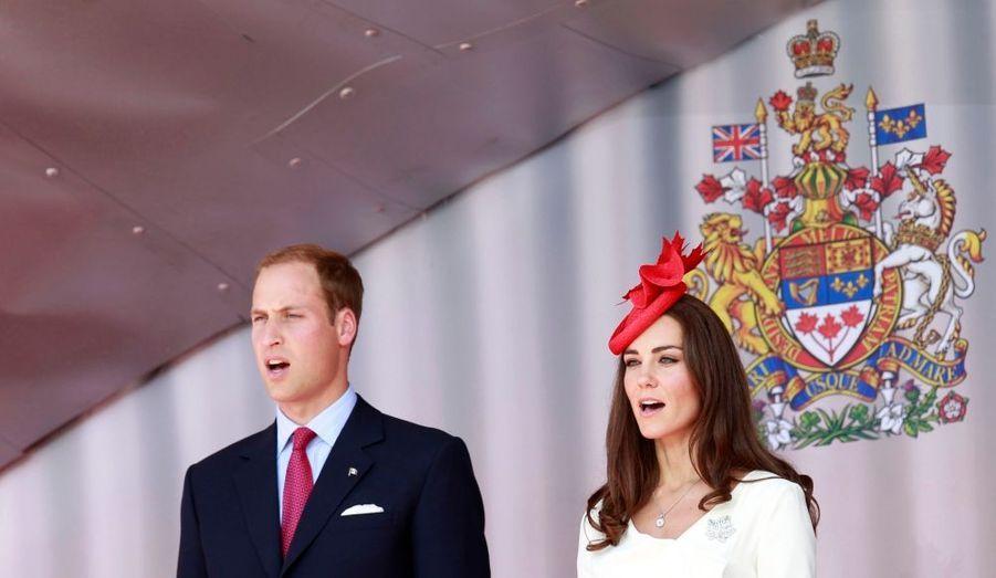 Kate et William donnent de la voix devant le Parlement.