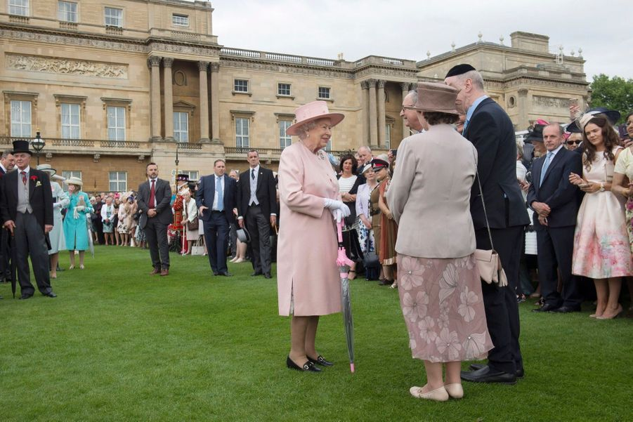 La Garden Party De Buckingham Palace 16