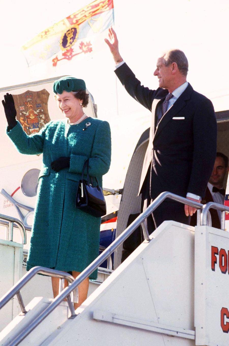 La reine Elizabeth II avec le prince Philip au Canada, le 24 octobre 1987