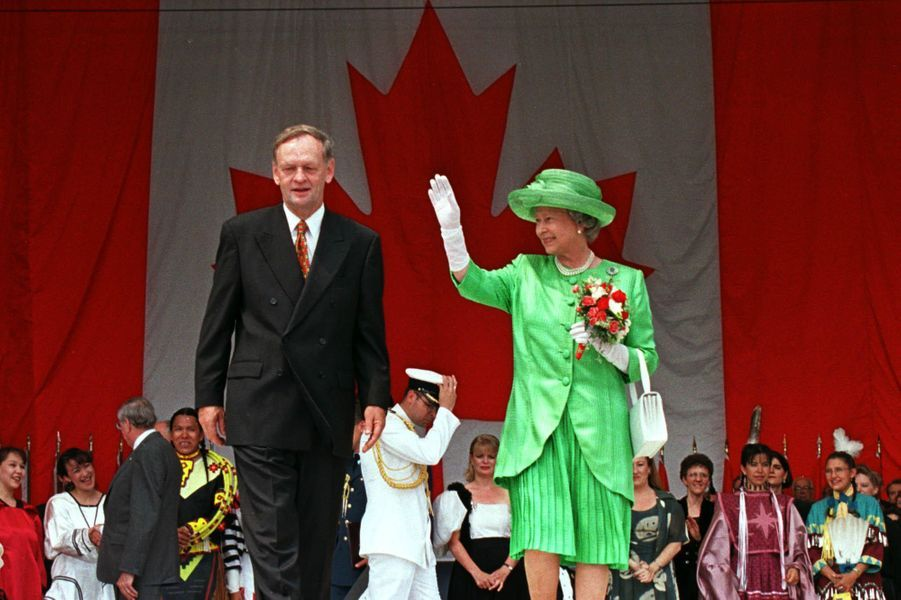 La reine Elizabeth II avec le prince Philip au Canada, le 1er juillet 1997