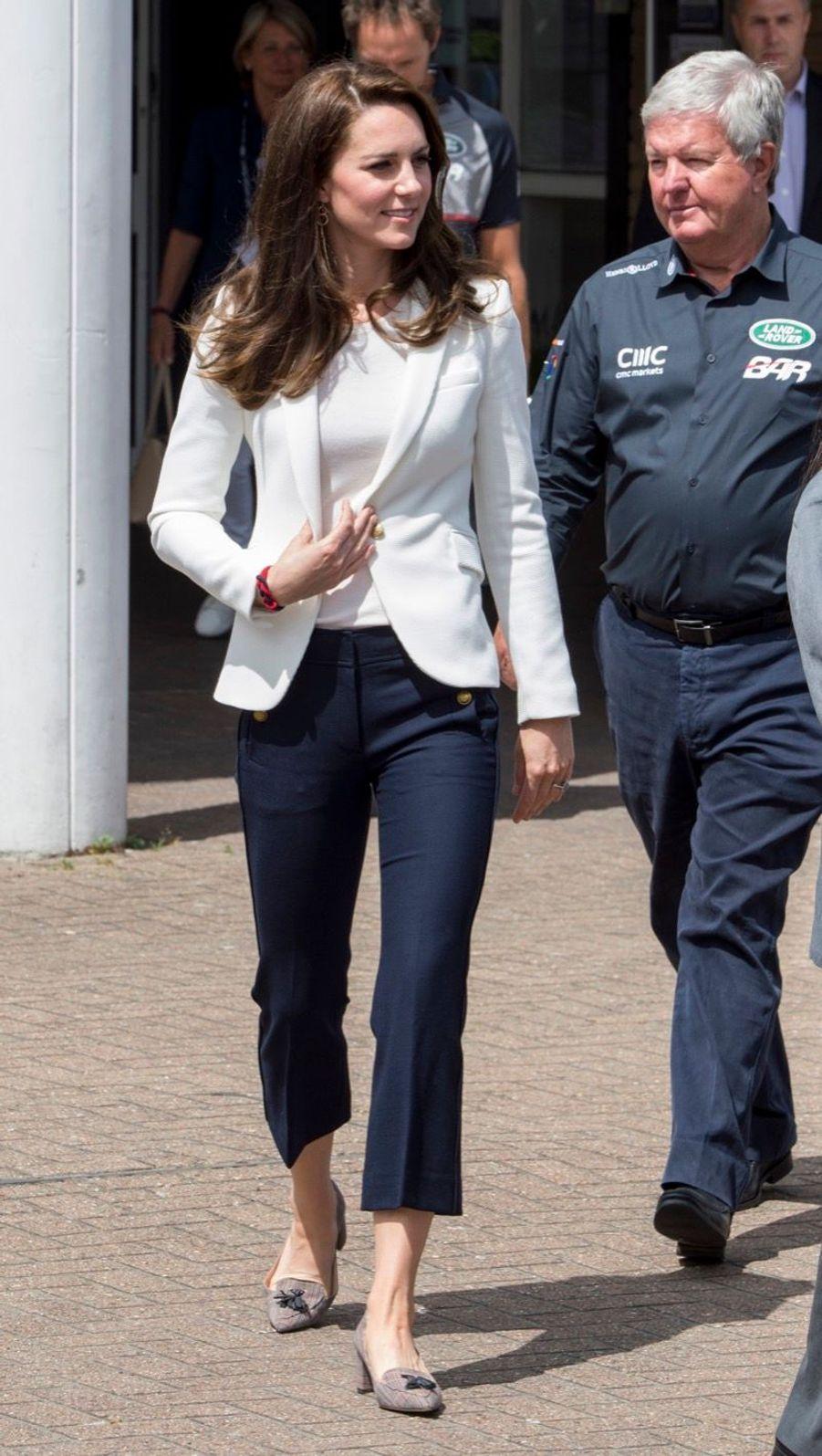 """Kate Middleton Avec Les Enfants Du """"1851 Trust"""", Vendredi 16 Juin À Londres 13"""