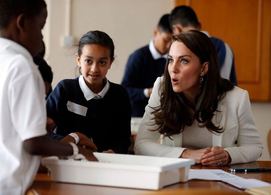"""Kate Middleton Avec Les Enfants Du """"1851 Trust"""", Vendredi 16 Juin À Londres 2"""