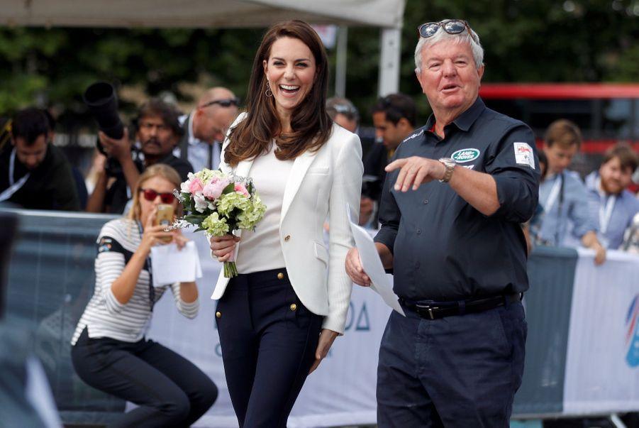 """Kate Middleton Avec Les Enfants Du """"1851 Trust"""", Vendredi 16 Juin À Londres 34"""