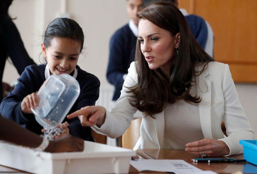 """Kate Middleton Avec Les Enfants Du """"1851 Trust"""", Vendredi 16 Juin À Londres 4"""