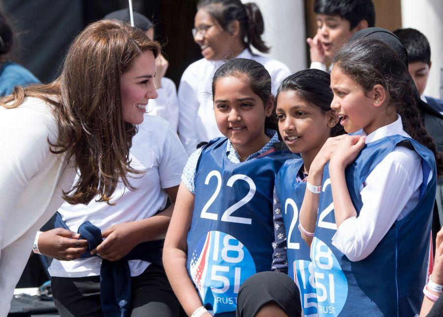 """Kate Middleton Avec Les Enfants Du """"1851 Trust"""", Vendredi 16 Juin À Londres 8"""