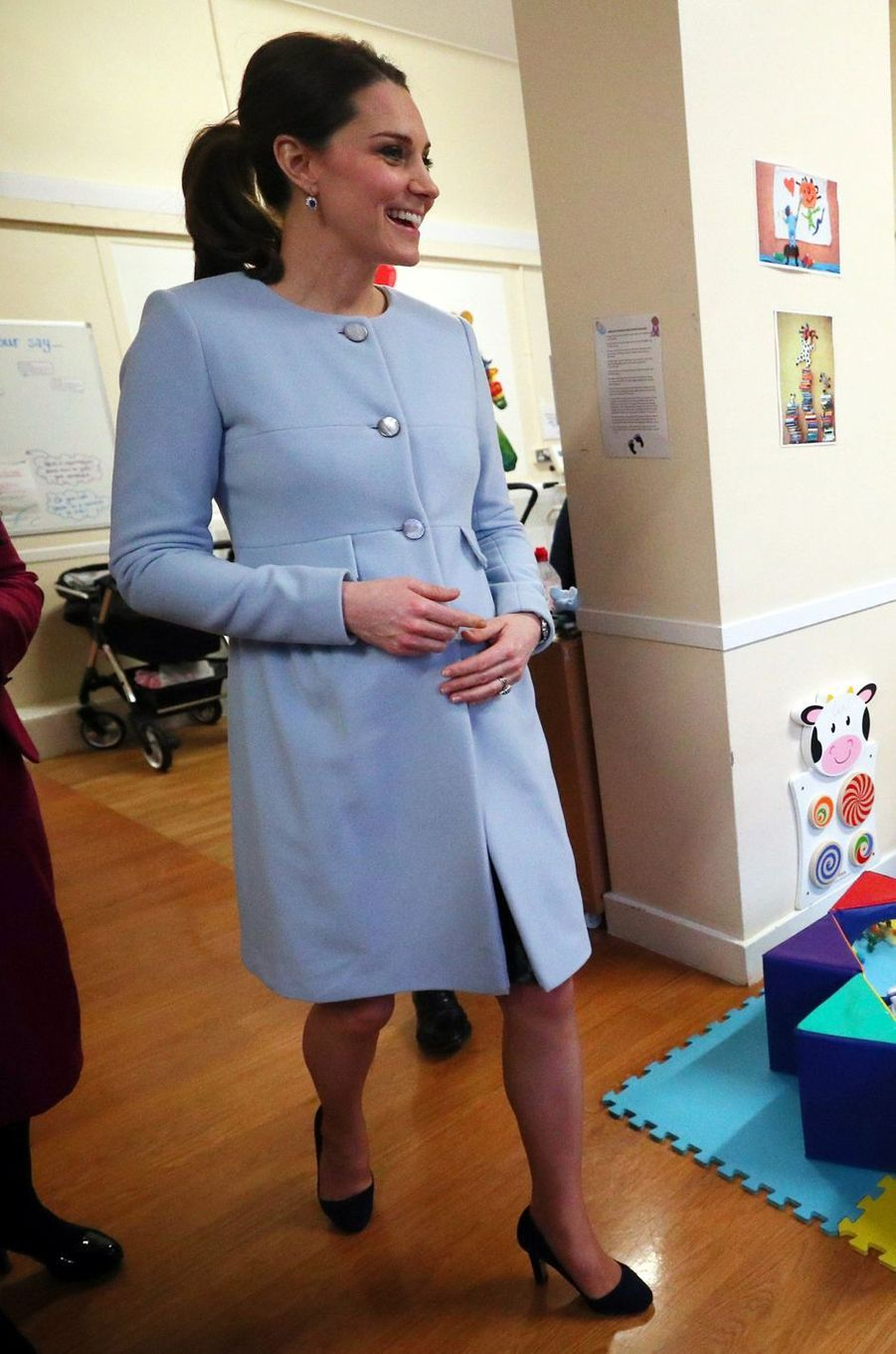 La duchesse de Cambridge, dans un manteau et une robe Séraphine à Londres, le 24 janvier 2018