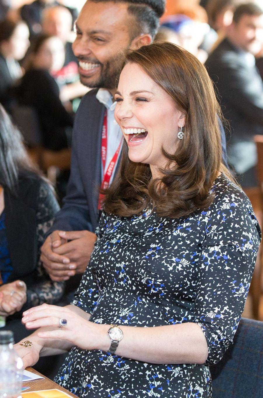 La duchesse de Cambridge, dans une nouvelle robe Séraphine à Sunderland, le 21 février 2018
