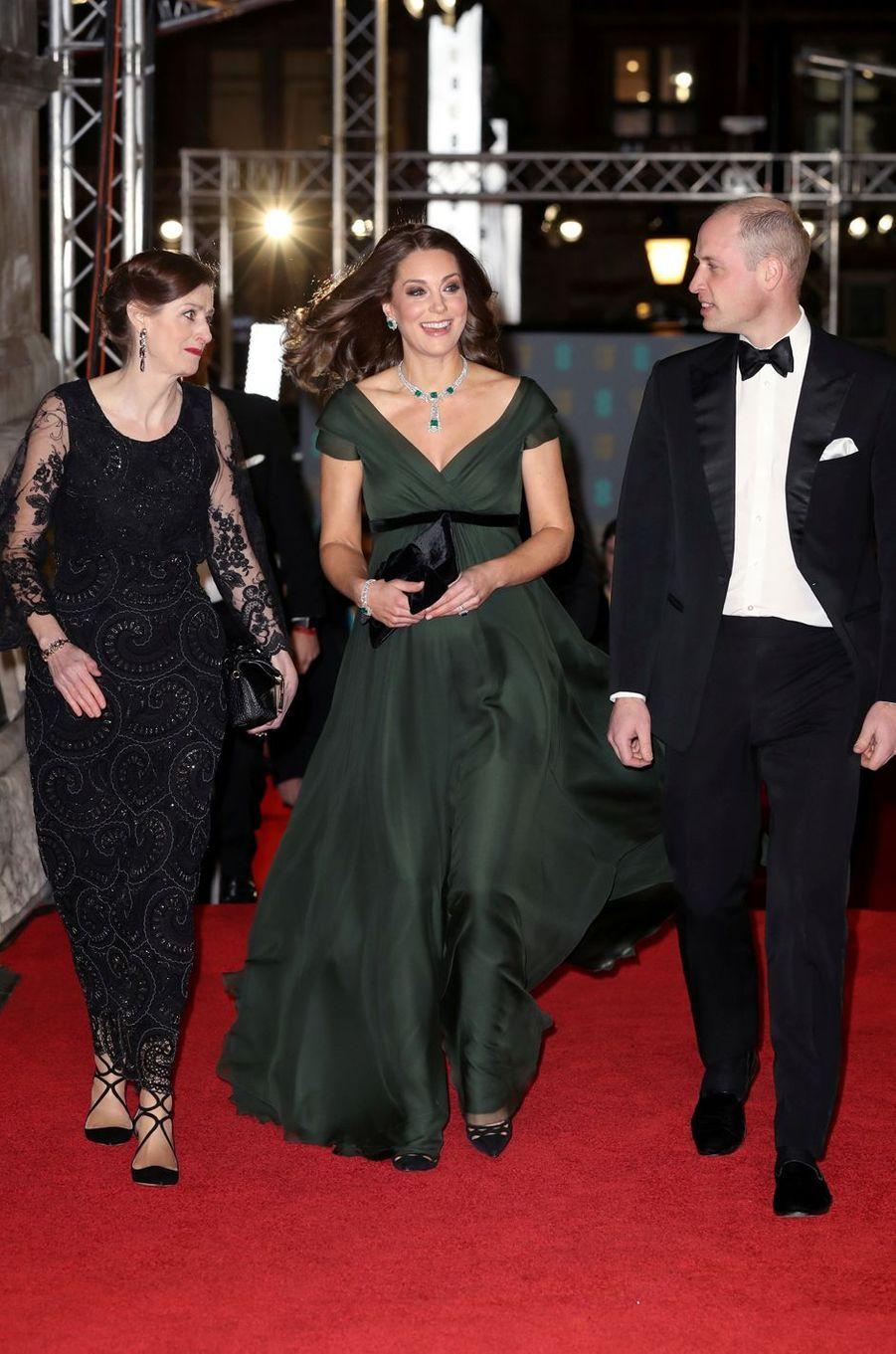 La duchesse de Cambridge, en Jenny Packham, avec le prince William à la cérémonie des Bafta à Londres,le 18 février 2018