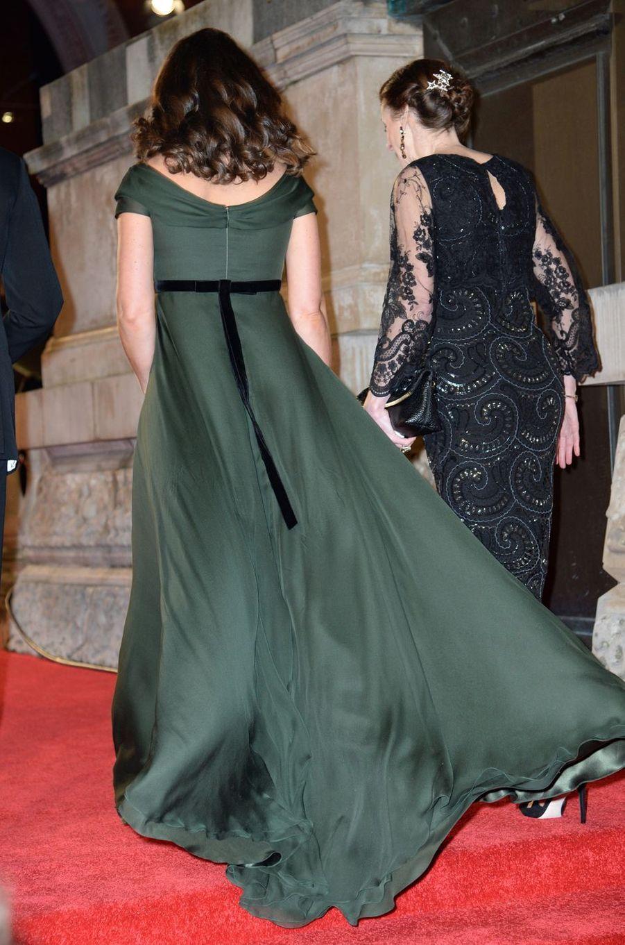 La robe de la duchesse de Cambridge, vue de dos, à Londres,le 18 février 2018