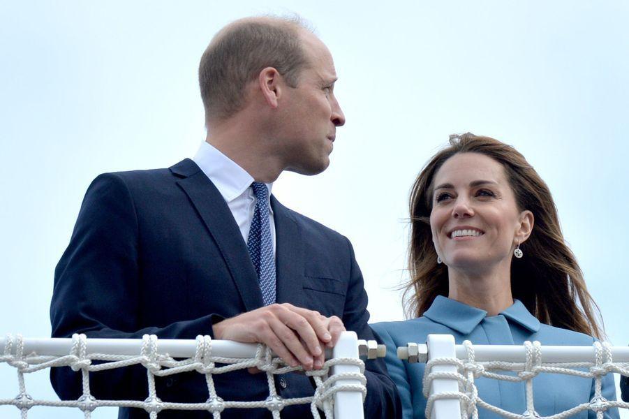 Le prince William et Kate Middletonà la cérémonie de baptême du nouveaunavire océanographique, leRRS Sir David Attenborough, àBirkenhead le 26 septembre 2019