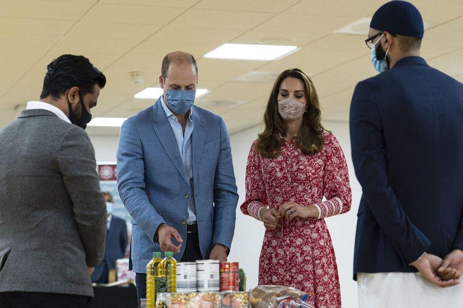 Le prince William et Kate Middleton en visite auLondon Muslim Centre àWhitechapel à Londres le 15 septembre 2020