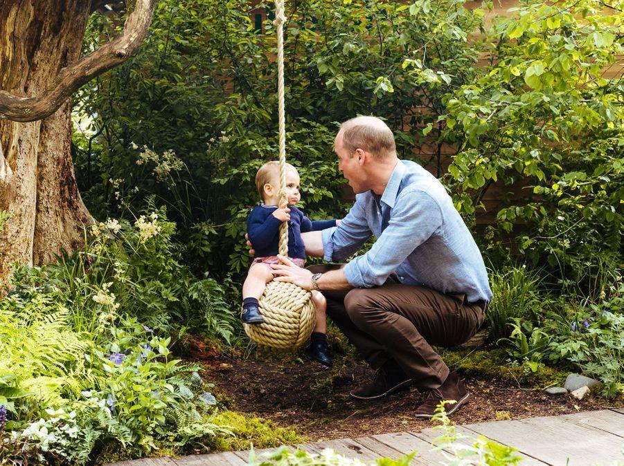 """William et Louis de Cambridge au jardin """"Back to Nature"""" de Londres, le 19 mai 2019"""