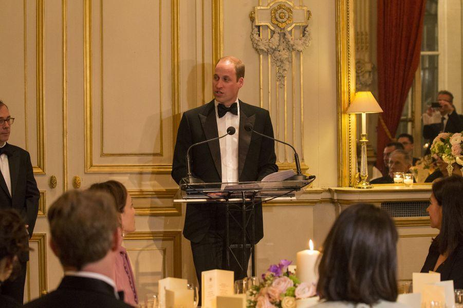 Le prince William à l'ambassade britannique à Paris, le 17 mars 2017.