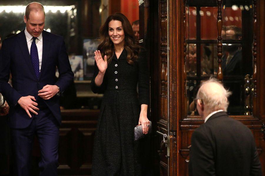 Kate Middleton et le prince Williamse rendent au théâtre Noël Coward pour voir une pièce à propos de la santé mentale,au profit de la «Royal Foundation», à Londres, le 25 février 2020.