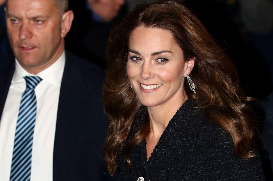 Kate Middletonse rend au théâtre Noël Coward pour voir une pièce à propos de la santé mentale,au profit de la «Royal Foundation», à Londres, le 25 février 2020.