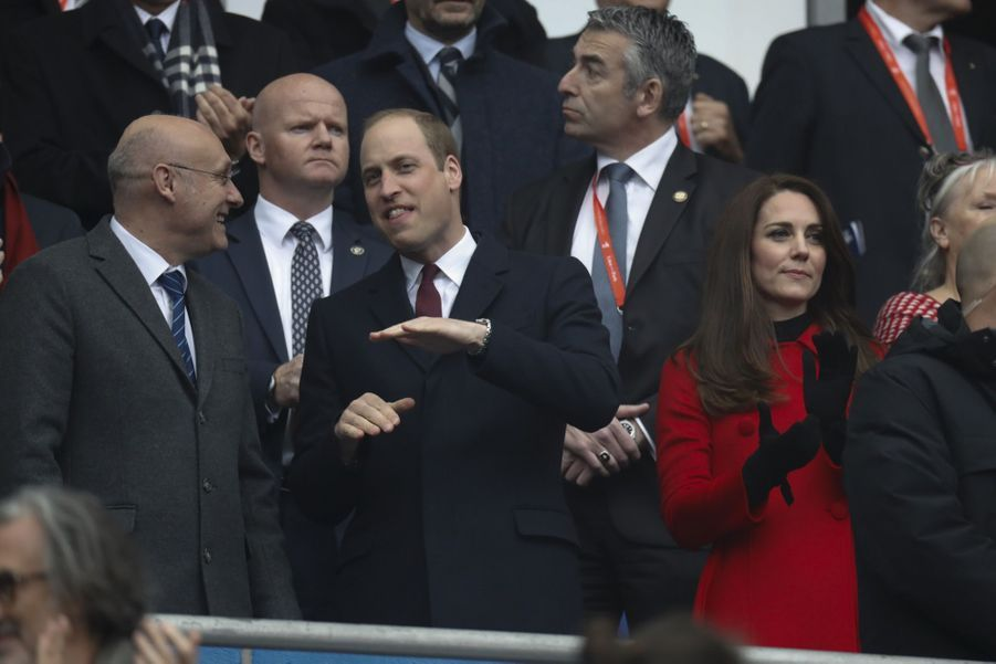 Kate Middleton Et Le Prince William Au Stade De France Pour Le Match De Rugby France Pays De Galles 12