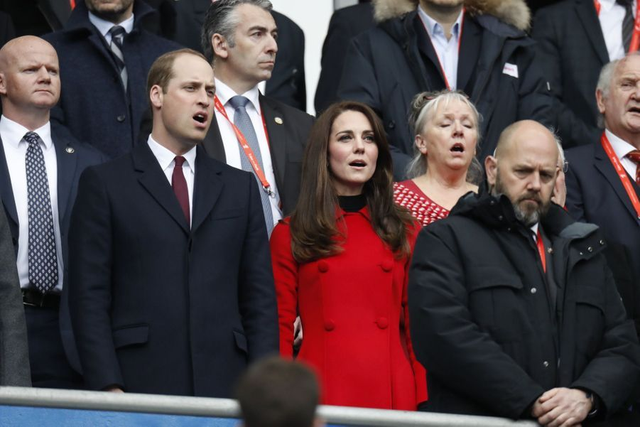 Kate Middleton Et Le Prince William Au Stade De France Pour Le Match De Rugby France Pays De Galles 16