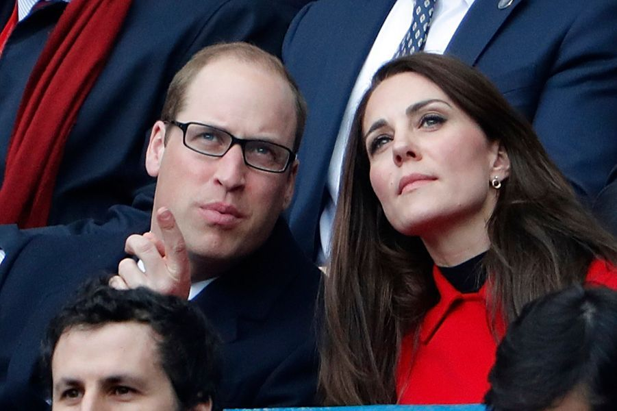 Kate Middleton Et Le Prince William Au Stade De France Pour Le Match De Rugby France Pays De Galles 27