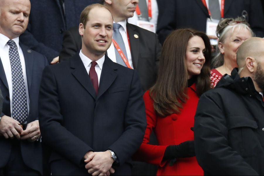 Kate Middleton Et Le Prince William Au Stade De France Pour Le Match De Rugby France Pays De Galles 8