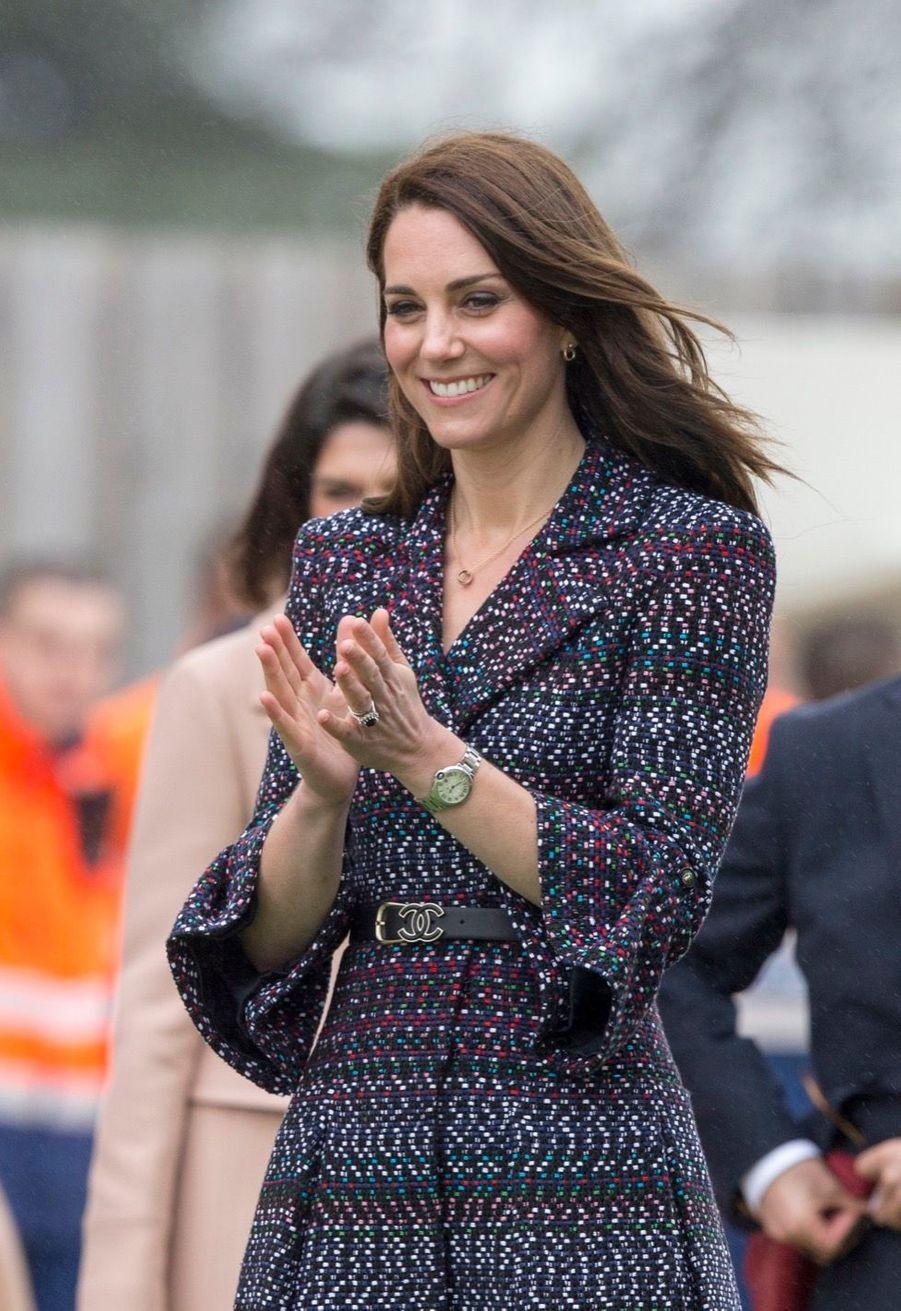 Kate Middleton Et Le Prince William Jouent Au Rugby Sur L'esplanade Du Trocadéro 15