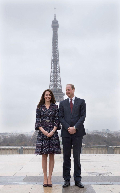 Kate Middleton Et Le Prince William Jouent Au Rugby Sur L'esplanade Du Trocadéro 19