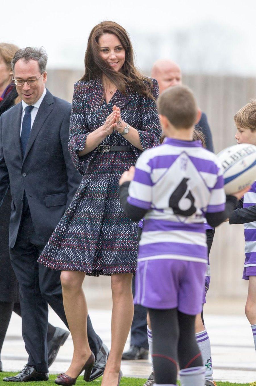 Kate Middleton Et Le Prince William Jouent Au Rugby Sur L'esplanade Du Trocadéro 4
