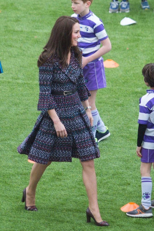 Kate Middleton Et Le Prince William Jouent Au Rugby Sur L'esplanade Du Trocadéro 44