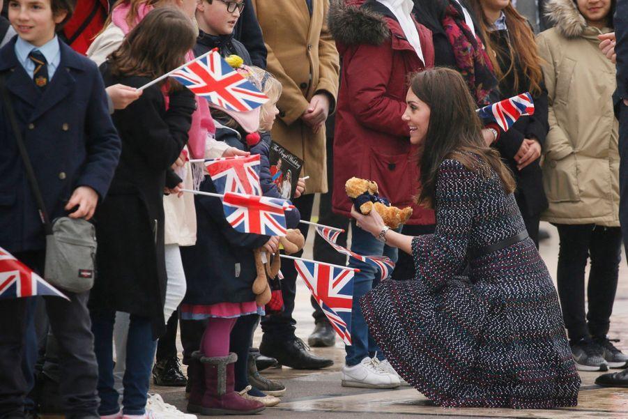 Kate Middleton Et Le Prince William Jouent Au Rugby Sur L'esplanade Du Trocadéro 58
