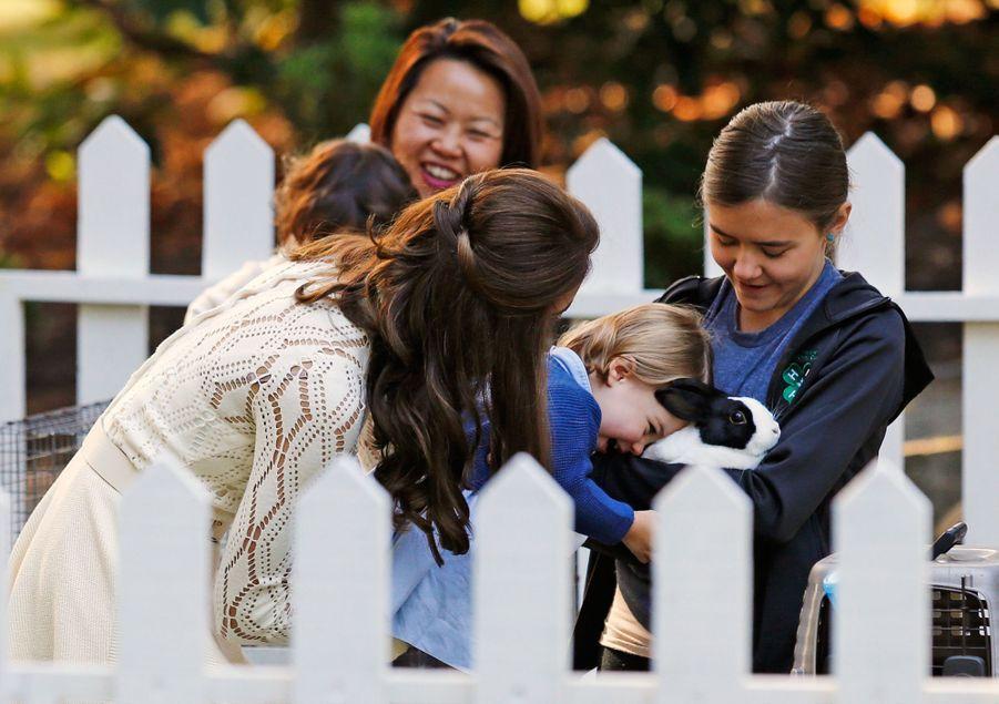 Kate Middleton et la princesse Charlotte, à Victoria au Canada