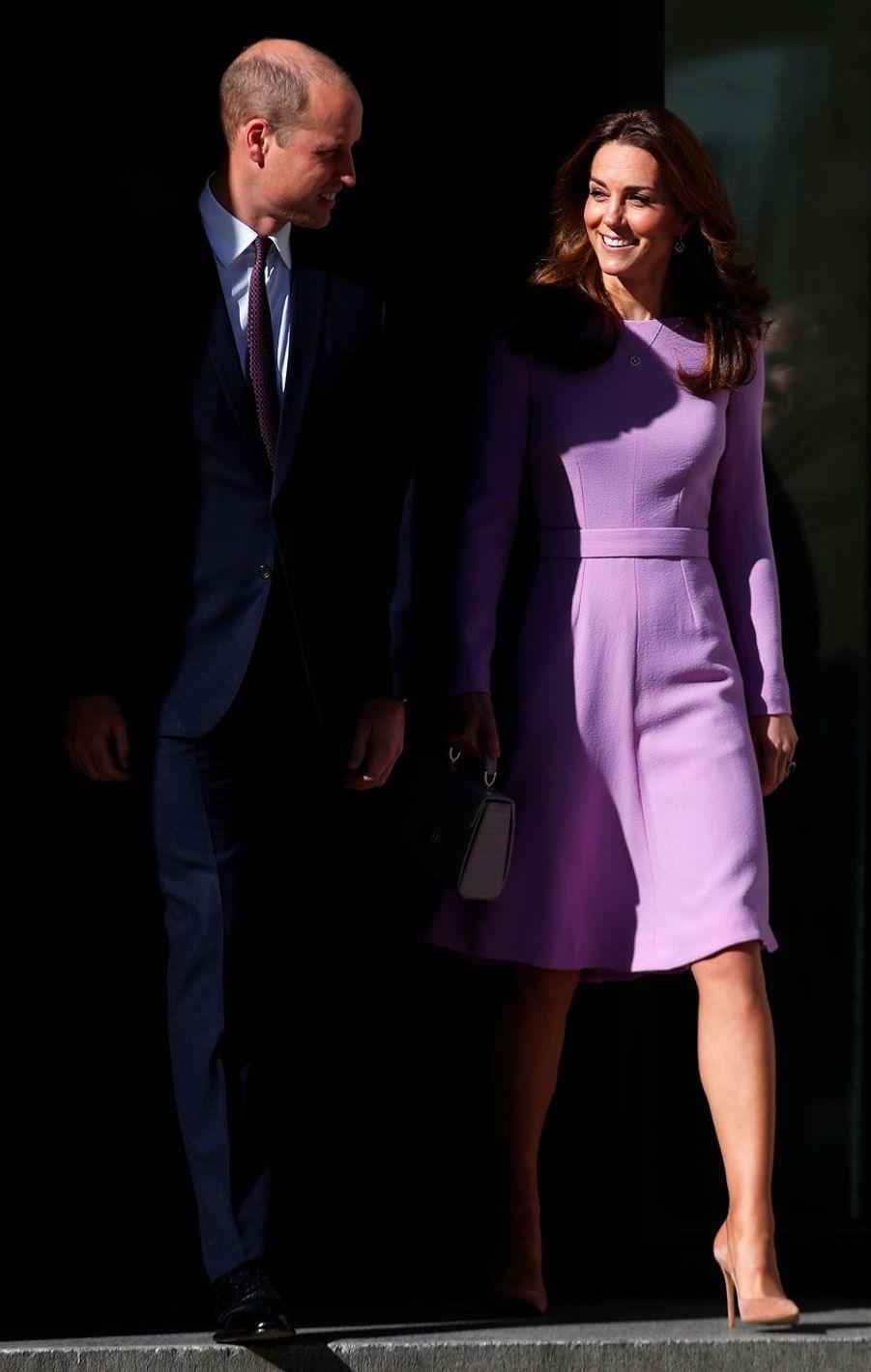 Kate et William à l'heure du départ, mardi à Londres.