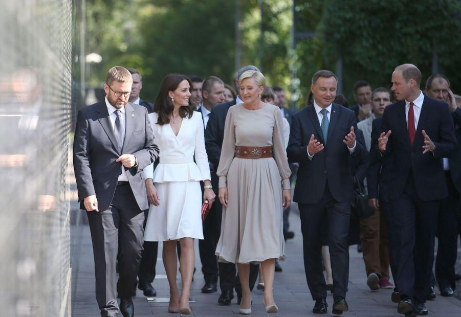 Kate Et William, Première Journée De Visite À Varsovie 19
