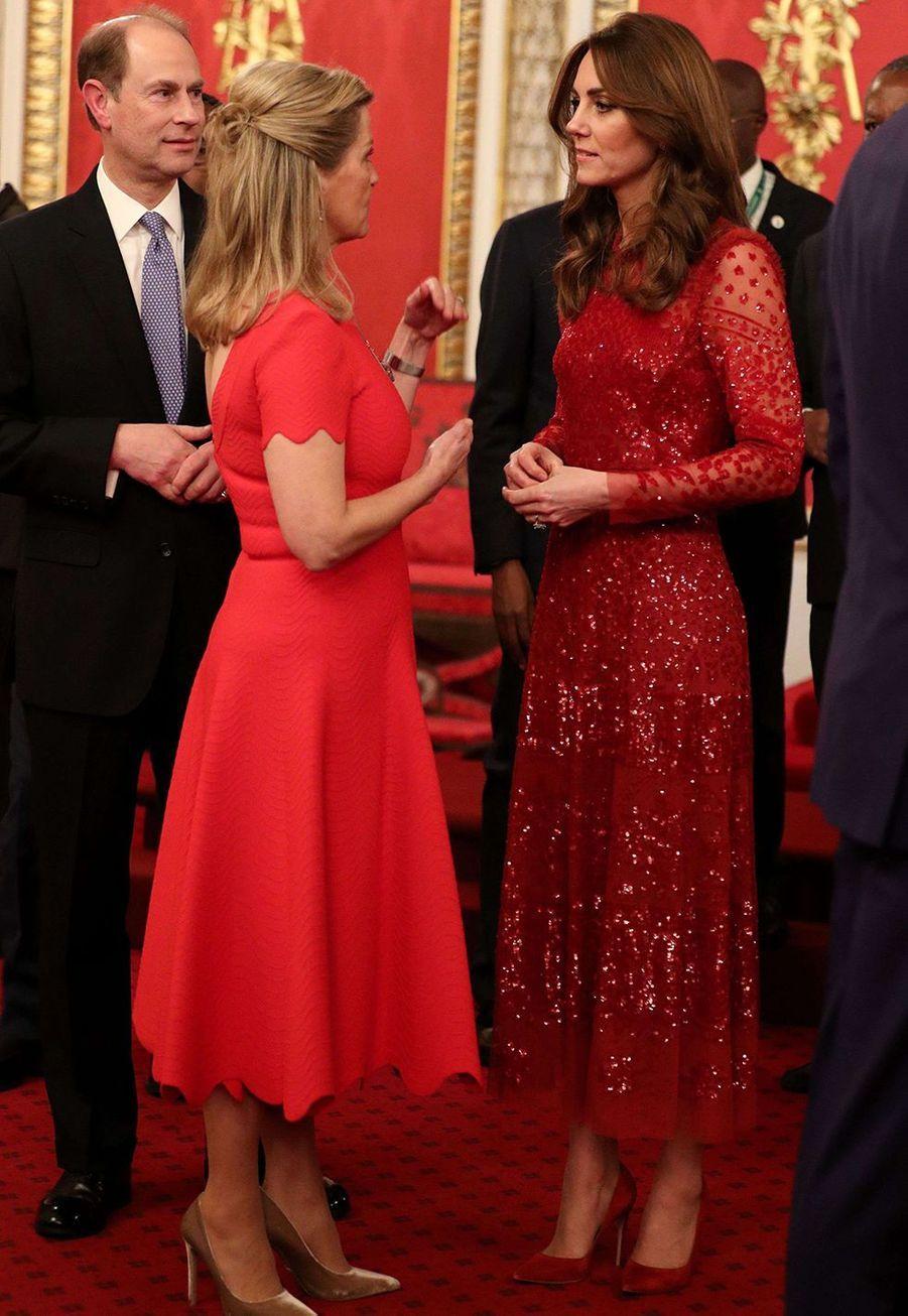 Le prince Edward et sa femme la comtesse Sophie de Wessex avec Kate Middletonà Buckingham Palace lors du sommet Grande-Bretagne-Afrique sur les investissements, lundi 20 janvier 2020.