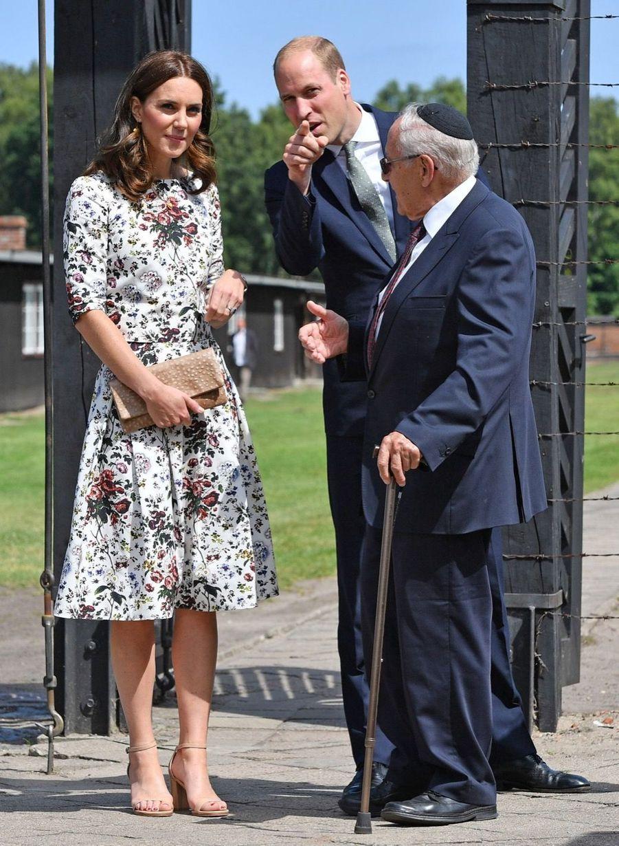 Kate Et William Visitent Le Camp De Concentration De Stutthof, En Pologne 13