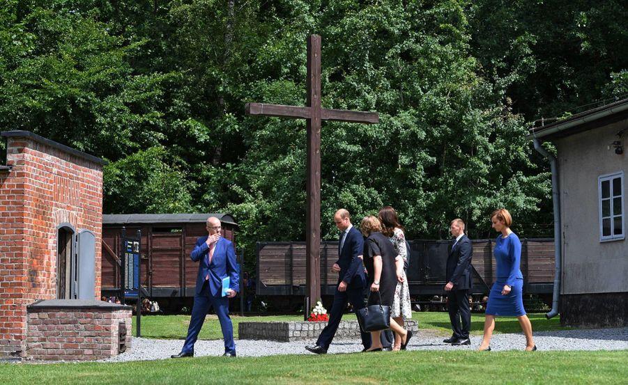 Kate Et William Visitent Le Camp De Concentration De Stutthof, En Pologne 21