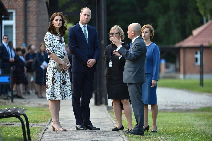 Kate Et William Visitent Le Camp De Concentration De Stutthof, En Pologne 24