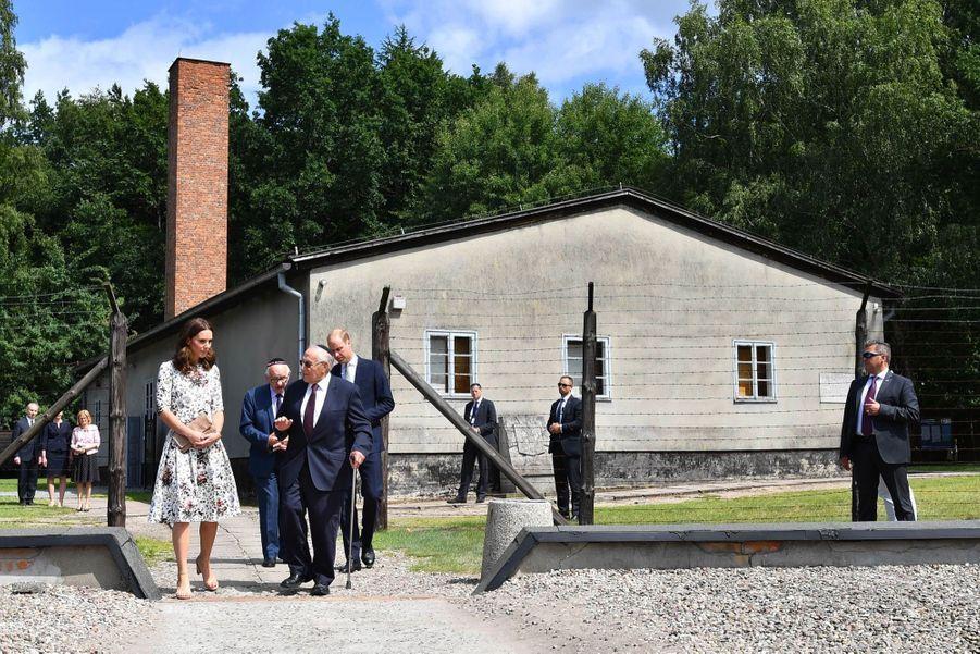 Kate Et William Visitent Le Camp De Concentration De Stutthof, En Pologne 25