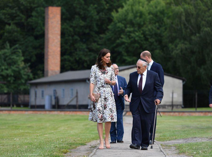 Kate Et William Visitent Le Camp De Concentration De Stutthof, En Pologne 29