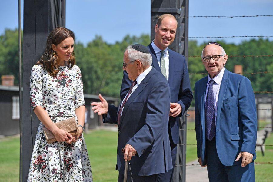 Kate Et William Visitent Le Camp De Concentration De Stutthof, En Pologne 30
