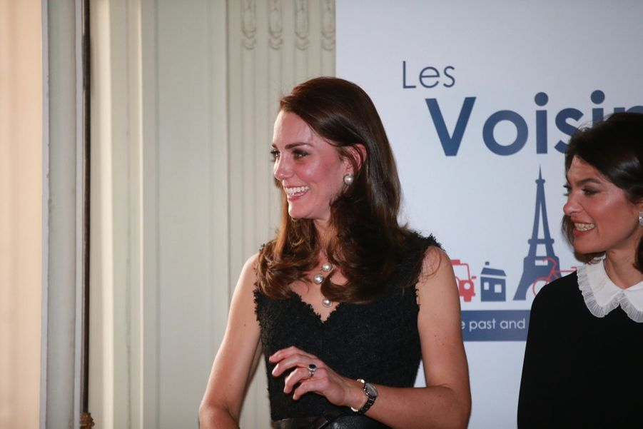 """Le prince William et Kate Middleton lancent """"Les Voisins"""", un programme destinée à renforcer les relations entre la France et du Royaume-Uni, lors d'une réception à l'Ambassade britannique à Paris."""