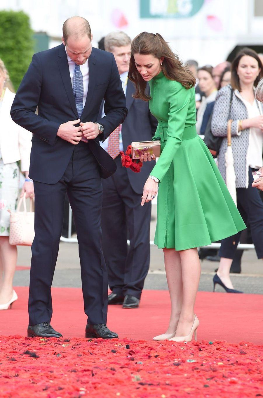 La duchesse de Cambridge, née Kate Middleton, au Chelsea Flower Show à Londres, le 23 mai 2016