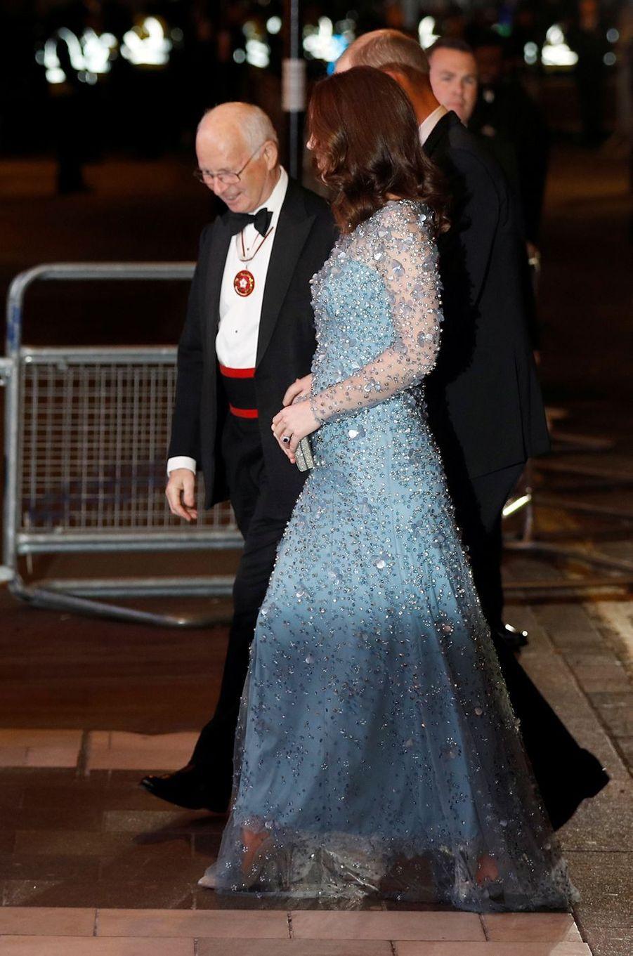 La duchesse Catherine de Cambridge, enceinte, à Londres le 24 novembre 2017