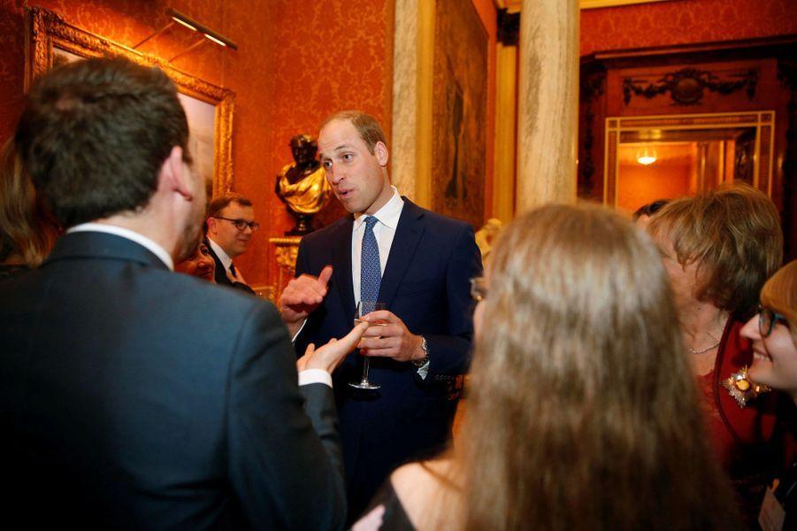 Le prince William lorsd'une réception donnée à Buckingham Palace, en hommage aux travailleurs du milieu psychiatrique en Angleterre.