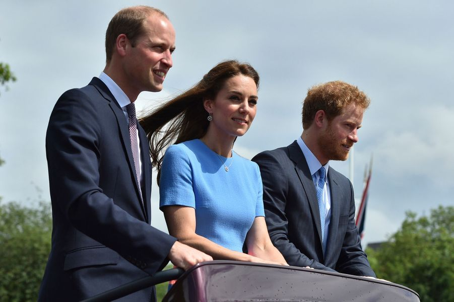 Kate avec William et Harry, le 12 juin 2016